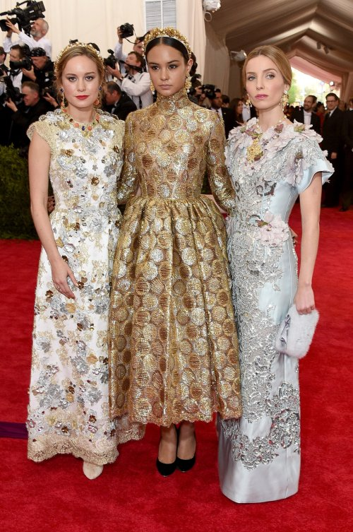 brie-larson-courtney-eaton-annabelle-wallis-met-gala-2015