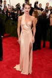 rosie-huntington-whiteley-met-gala-2015